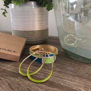 💸💸BR Cuff Bracelet & Hoop Earrings Set